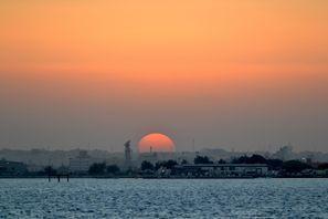 Mietauto Sitra, Bahrain